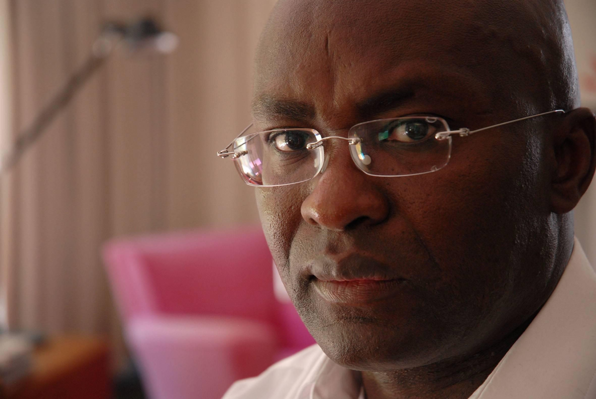Resultado de imagem para Achille Mbembe: Crítica da razão negra
